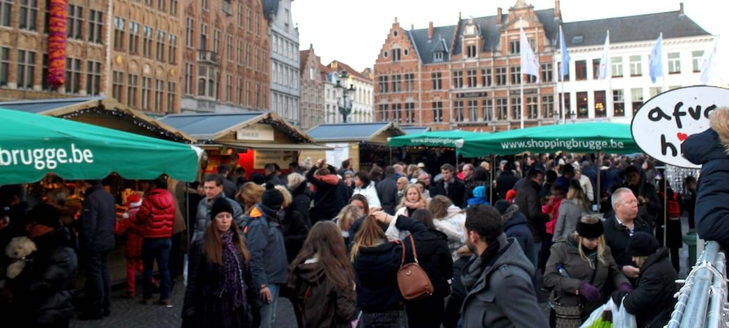 Christmas crowds in Bruges