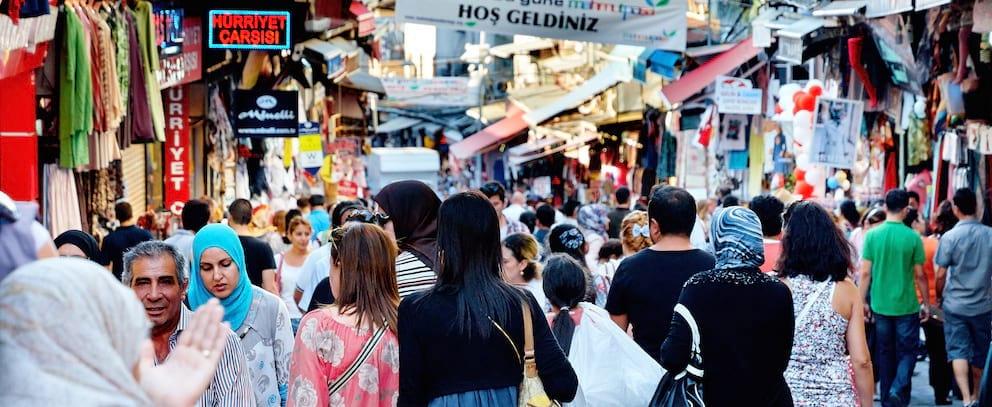 Gran Bazar crowds