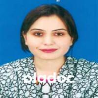 Dr. Roshna Qamar (Radiologist) Lahore