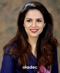 Top Eye Specialists in Clifton, Karachi - Dr. Mahnaz Naveed Shah