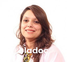 Dr. Kokab Shahab (Aesthetic Medicine Specialist, Cosmetologist, Dermatologist) Lahore