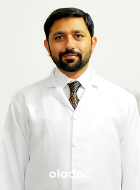 Dr. Junaid Ahmad (Hair Transplant Surgeon, Plastic Surgeon) Lahore