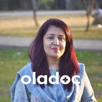 Top Doctor for Uro Gynae Cancer in Islamabad - Dr. Nausheen Qamar