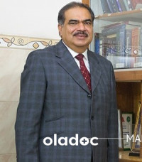 Dr. Tanveer Zubairi (Sonologist, Radiologist) Lahore