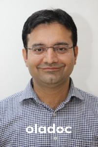 Dr. M. Atif Munawar (Oncologist, Radiation Oncologist) Peshawar
