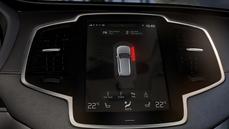 Volvo – interface XC90