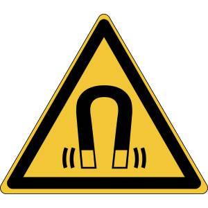 Danger - champ magnétique - triangle de couleur jaune