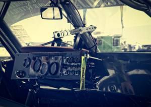 Tableau de bord d'une voiture du course