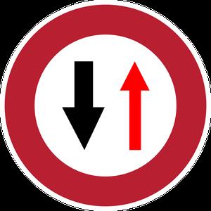 Cédez le passage à la circulation venant en sens inverse