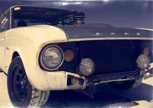 Vieille ford dans le désert