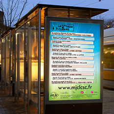 Utilisation affiches abribus