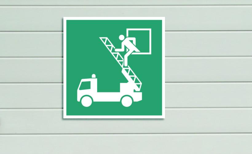 Signalétique de sécurité : fenêtre de secours