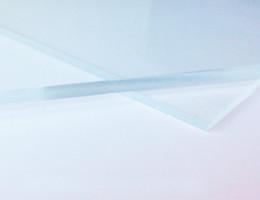 Plexiglas pour panneaux grands formats