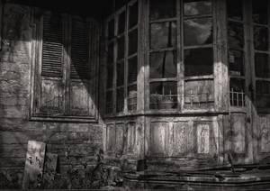 Véranda d'une vieille maison en bois