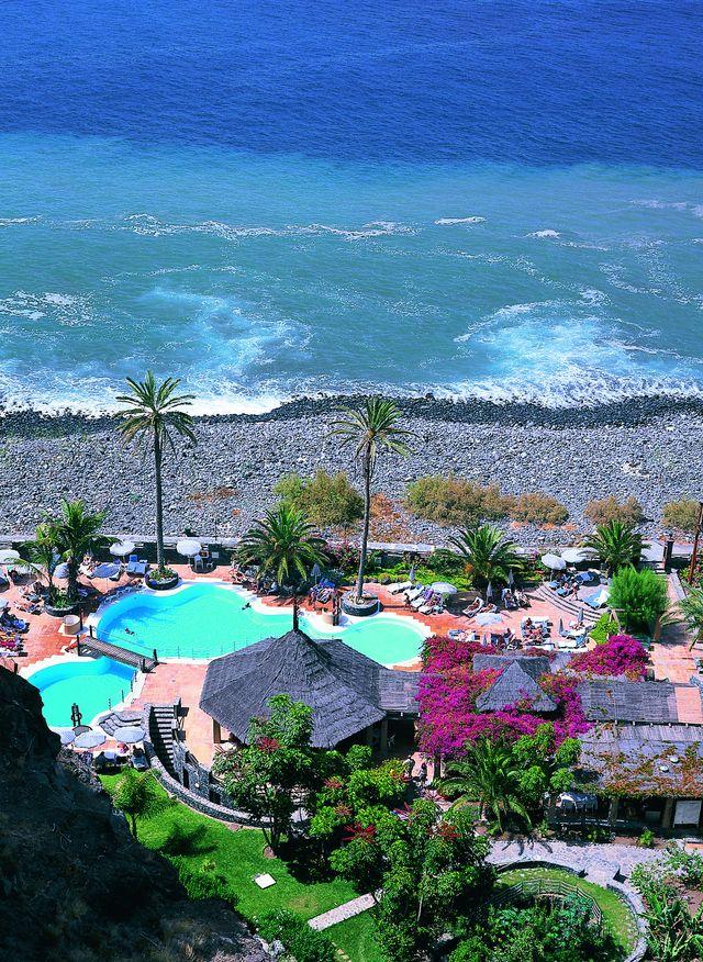 Rondreis Islandhoppen Canarische Eilanden La Gomera hotel langs de kust
