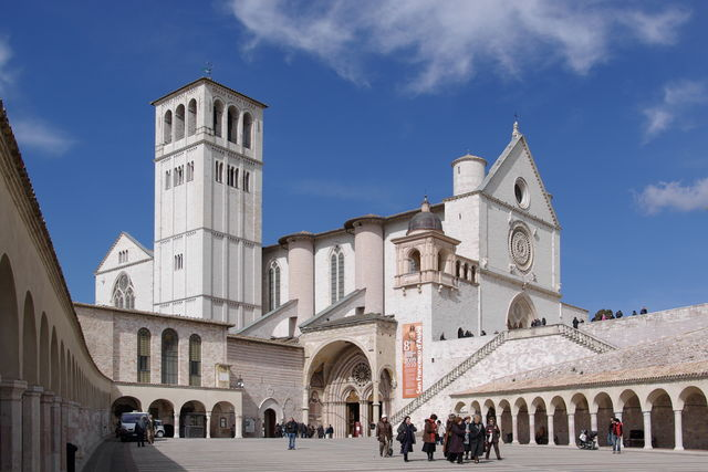 Rondreis Italië Umbrië kerk Assisi San Francesco