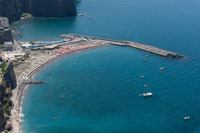Rondreis Italië Campania Napels strand Montechiaro