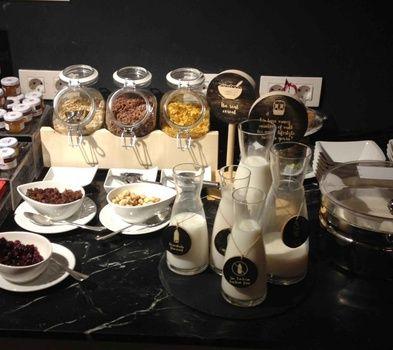 Petit Palace Arana Bilbao ontbijt