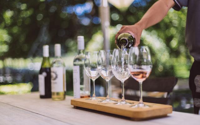 rondreis zuid-afrika franschhoek wijnproeverij wine tram