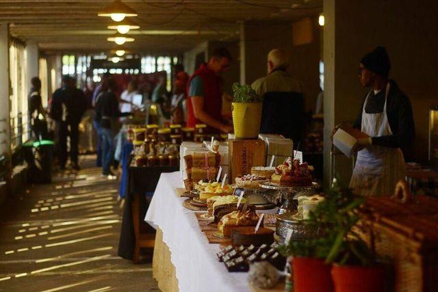 rondreis zuid-afrika Johannesburg food market