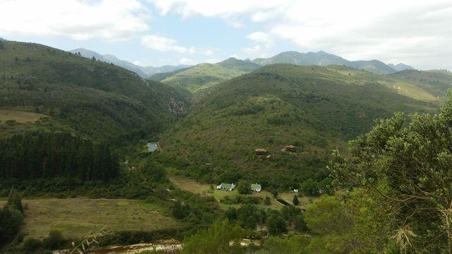 rondreis zuid-afrika tuinroute knysna bergen