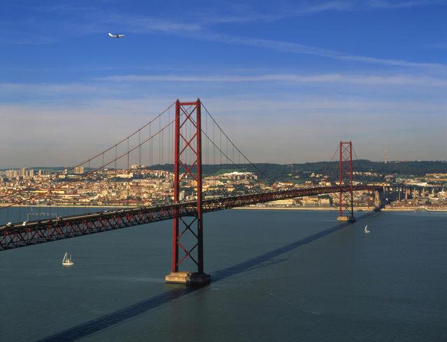 Lissabon brug ponte 25 de Abril