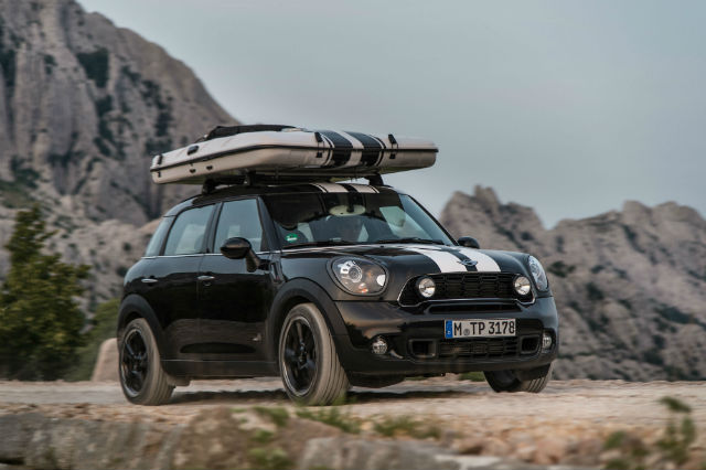 MINI Countryman ALL4 C& on the road & MINI unveils three concept vehicles for weekend getaways