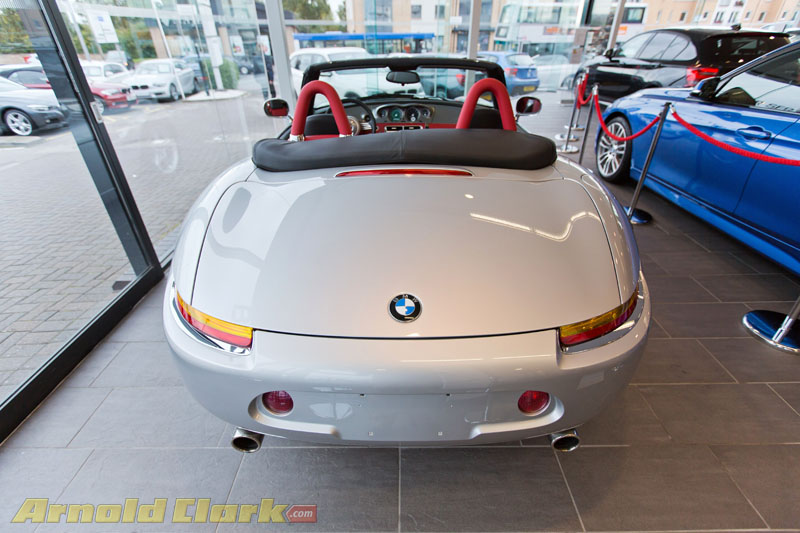 bmw z8 e52 exclusive pictures of the rare bmw roadster. Black Bedroom Furniture Sets. Home Design Ideas