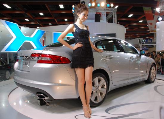 Women in car advertising