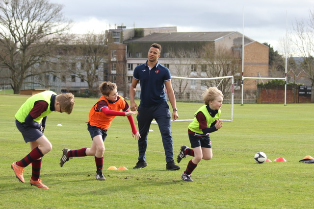 Exeter City Football Club coach gives masterclass to budding footballers