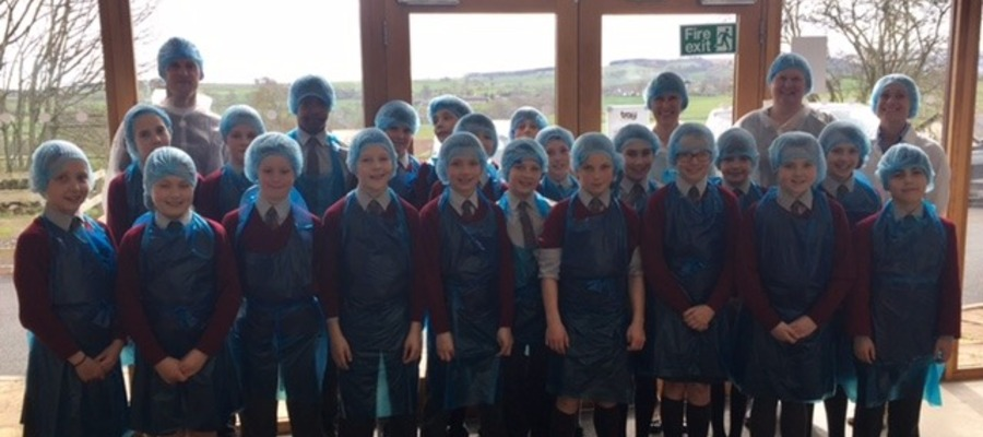 Hunter Hall pupils visit Traybakes
