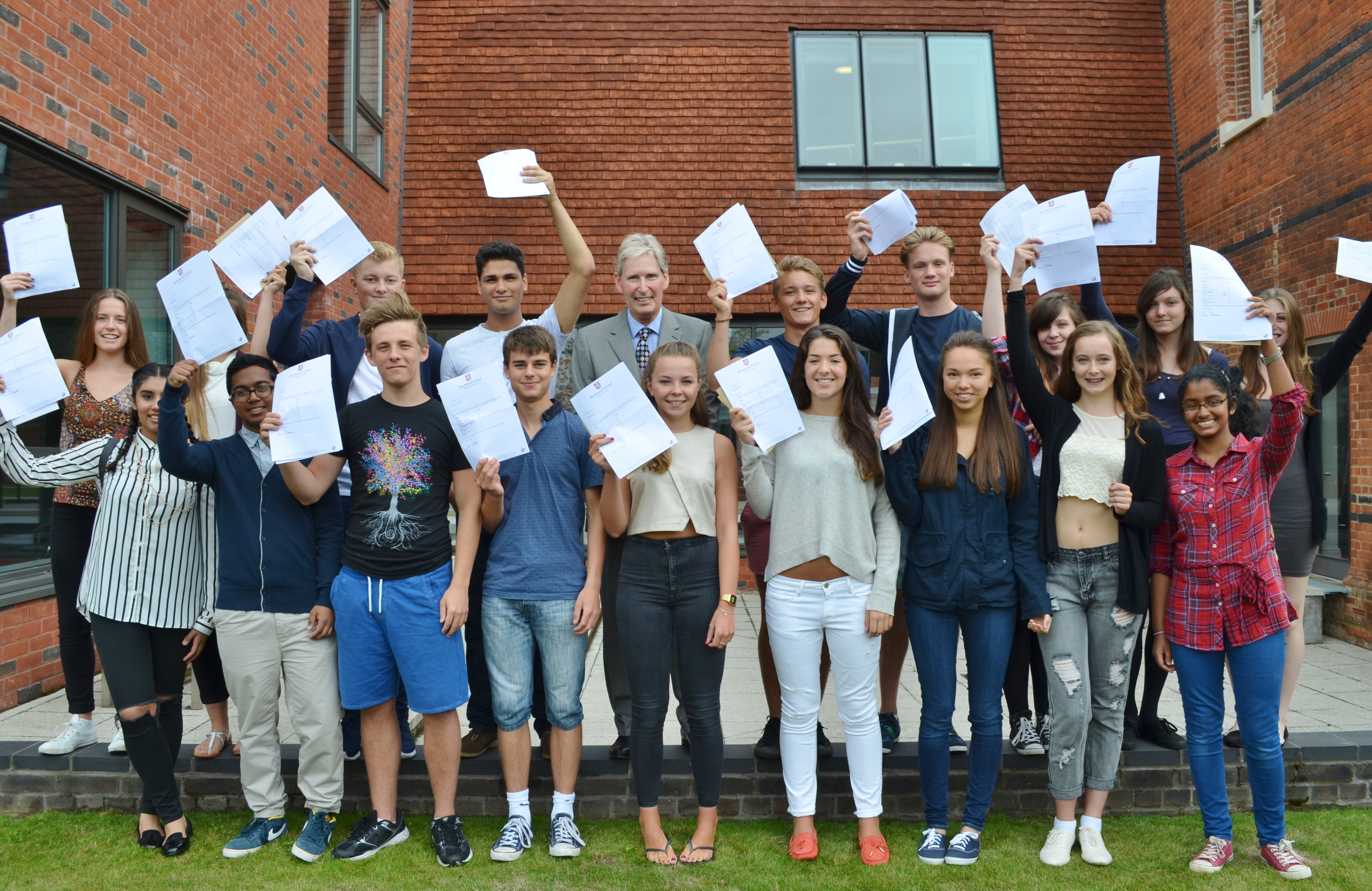 gcse coursework remark The new gcse maths paper has set its lowest ever pass marks, as students need to answer just 15 per cent of questions correctly to achieve the equivalent of a grade c.