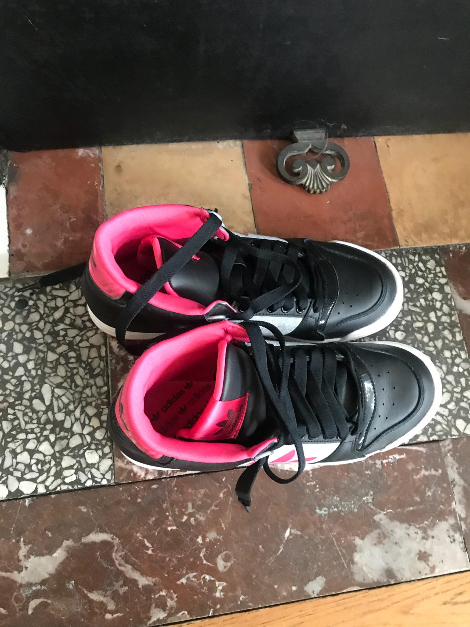 Basket montante rose Adidas 41 neuve !