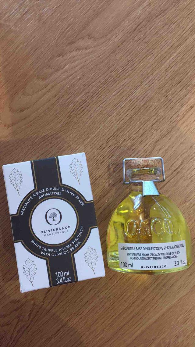 Spécialité à Base d'Huile d'Olive Aromatisée à la truffes Oliviers&co