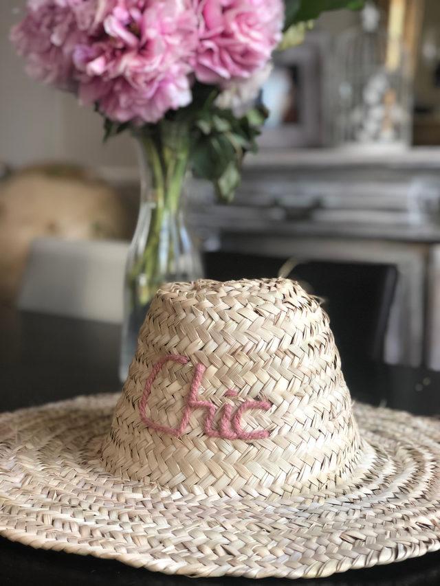 """Chapeau tressé """"chic"""""""