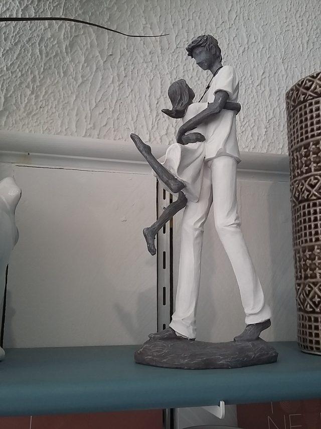 Statuette père  fille