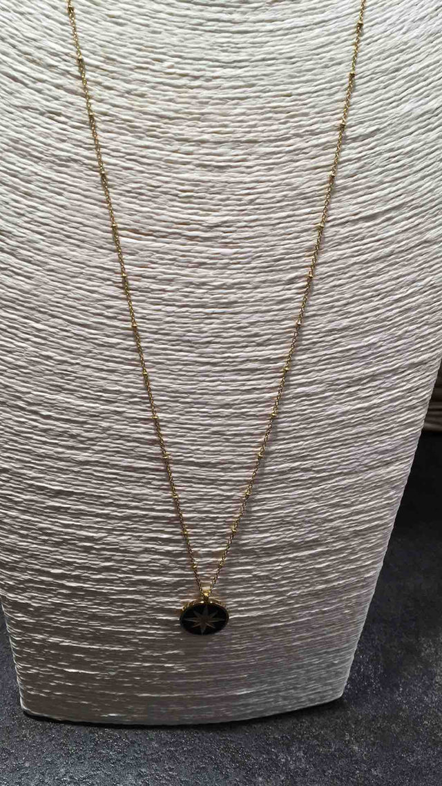 Collier long en acier