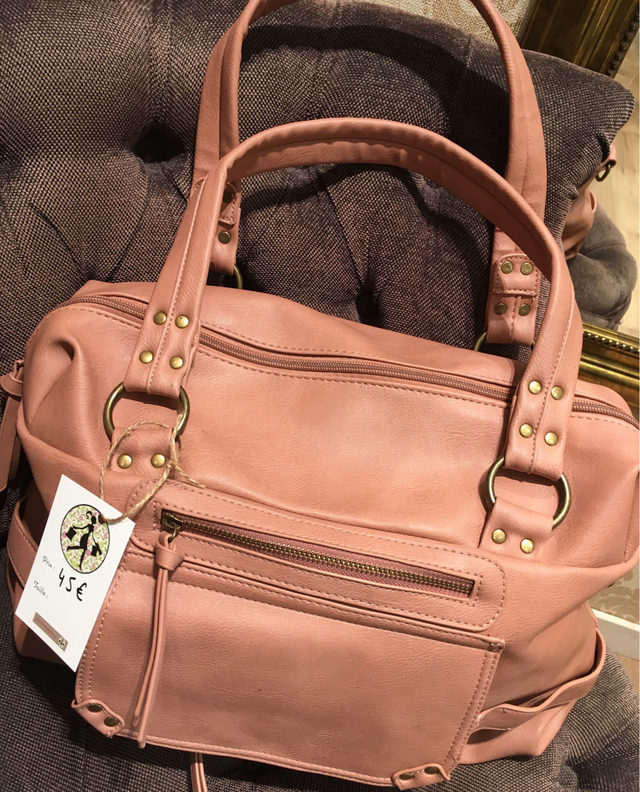 sac à main femme couleur rose poudré