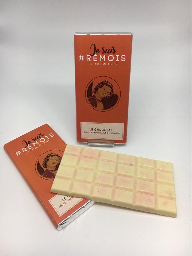 #je suis rémois AS chocolat blanc/biscuit rose