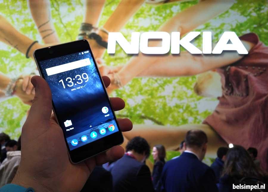Hands-on Nokia: drie premium toestellen en een hele leuke voor erbij