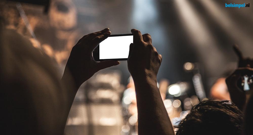 Hoe overleef ik een festival? Een smartphone-survivalgids!