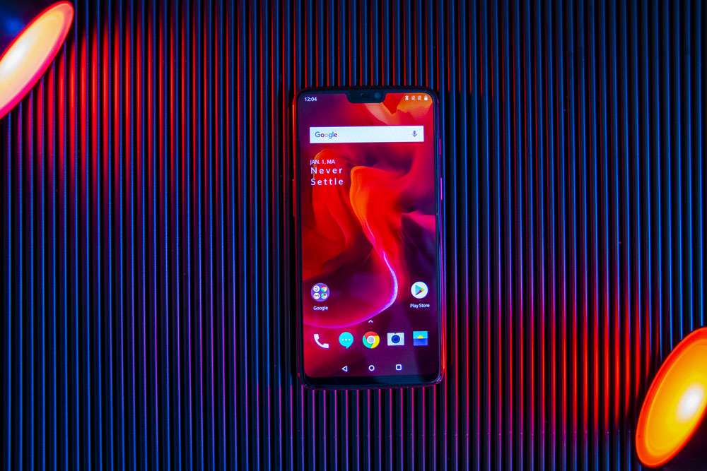 OnePlus 6 Red front