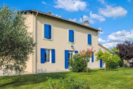 French property, houses and homes for sale in FLAUJAGUES Gironde Aquitaine