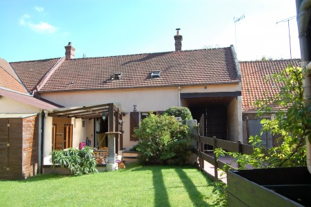 French property, houses and homes for sale in MAREUIL LA MOTTE Oise Picardie
