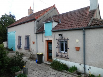 French property, houses and homes for sale in CHATEAUMEILLANT Cher Centre