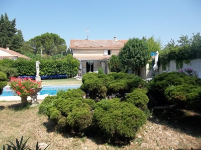 French property, houses and homes for sale in CABANNES Bouches_du_Rhone Provence_Cote_d_Azur