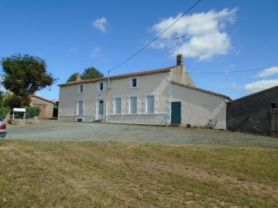 French property, houses and homes for sale in LA CHATAIGNERAIE Vendee Pays_de_la_Loire