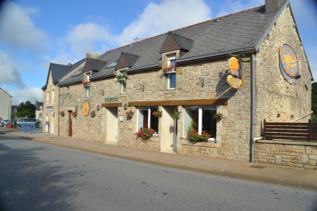 French property, houses and homes for sale in CORAY Finistere Brittany