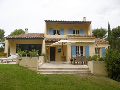 French property, houses and homes for sale in VELAUX Bouches_du_Rhone Provence_Cote_d_Azur