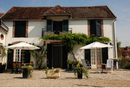 French property, houses and homes for sale in CHAMPLOST Yonne Bourgogne